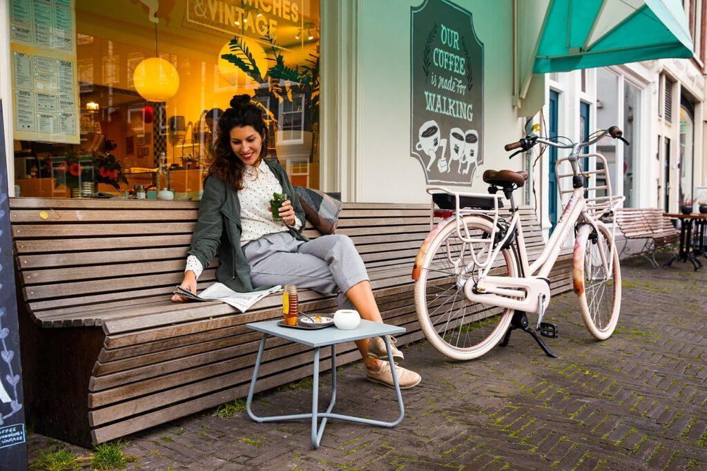 Women with e-bike | Miss Grace C7