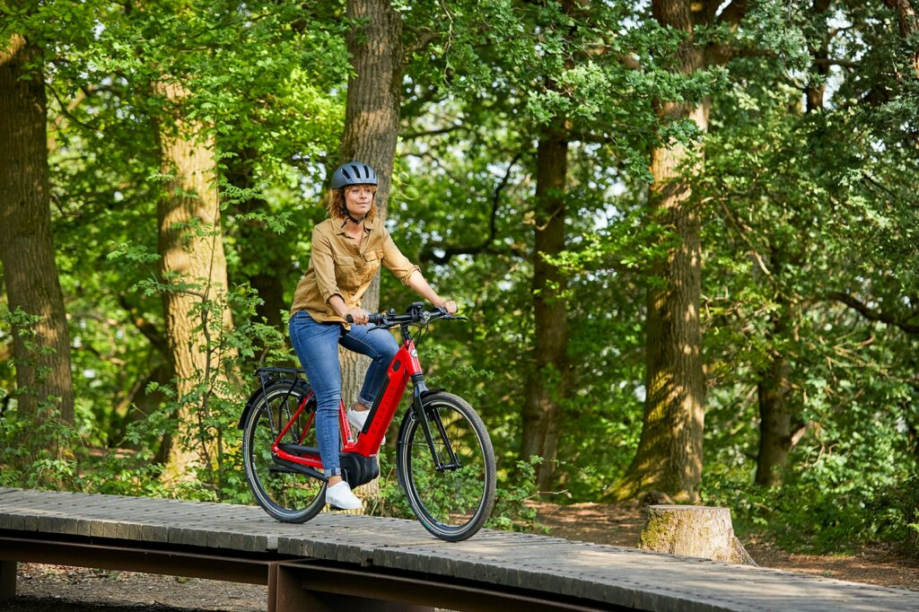 cycling holiday | Ultimate C8+ HMB