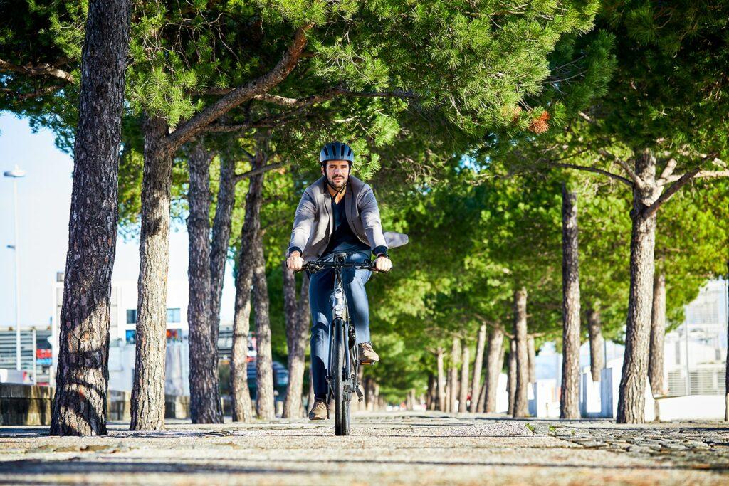 Homme à vélo | CityZen