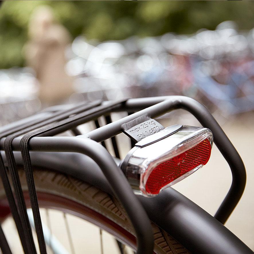 Vores Esprit er robust og let, så du kan bruge den til lange ture i det daglige, til skole eller til arbejde.
