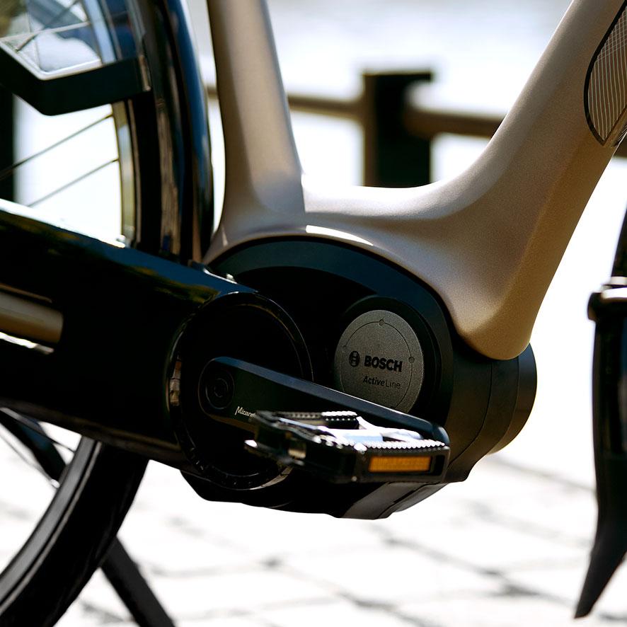 Den robuste Bosch centermotor er både ideel til cykling i hverdagen og til lange ture.