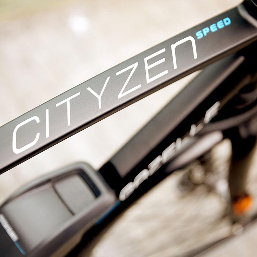 Traverser la ville, aller à l'école ou au club de sport, le tout rapidement et avec style ; le CityZen vous emmène partout où vous devez aller