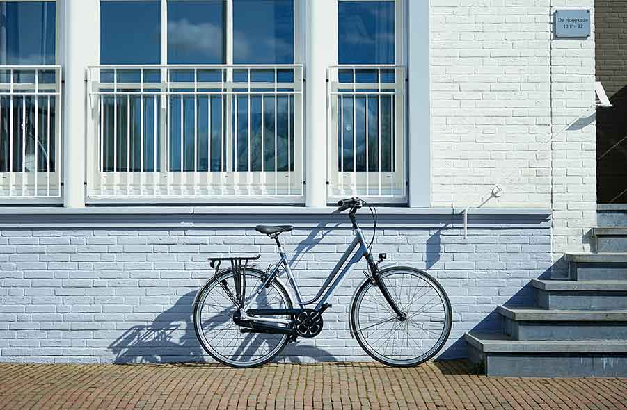 You will derive maximum enjoyment from every trip with the comfortable Gazelle Ultimate city bikes.