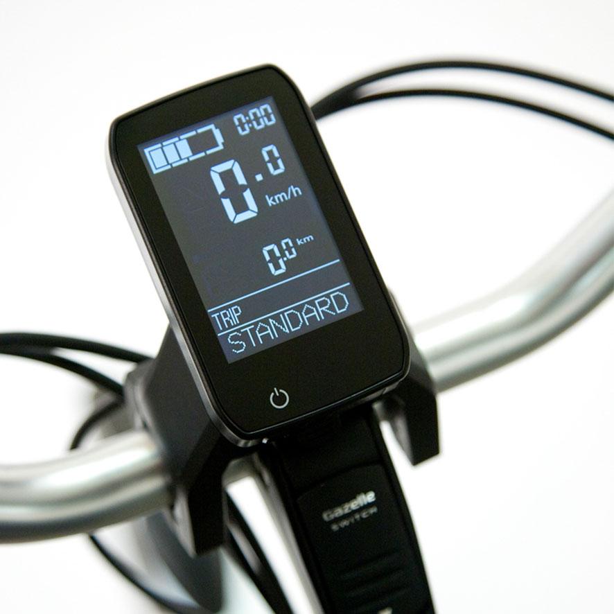 Avec un moteur intégré à la roue avant Panasonic, vous disposez d'un écran latéral ou central selon le modèle de vélo électrique.